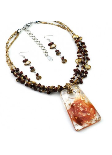 N3415 Fused Color Resin Pendant Beaded Necklace